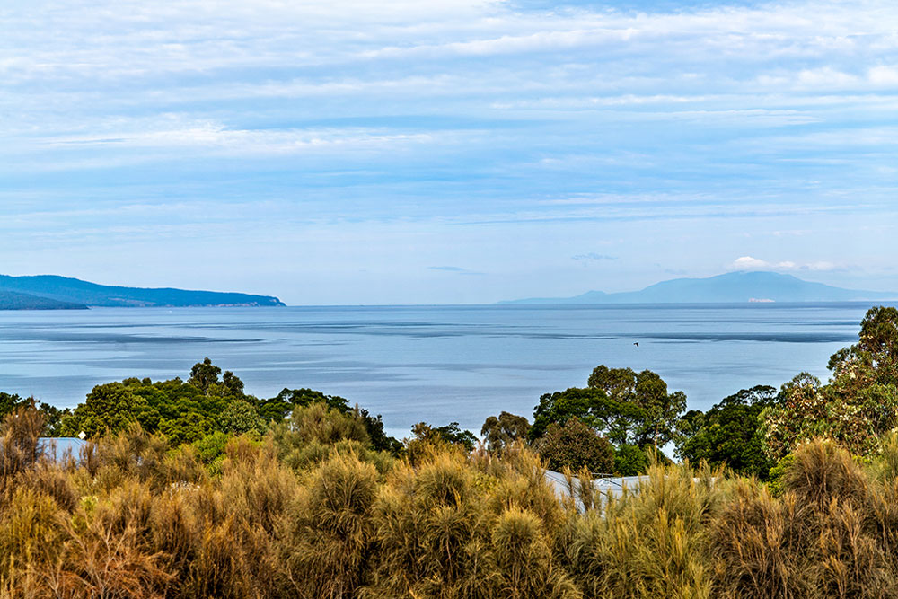 Coles Bay Holiday House - The Freycinet Dream - Living Room View to Maria Island