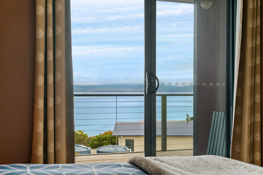 Coles Bay Holiday House - The Freycinet Dream - Master Bedroom View